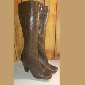Gianni bini boots zip heels size 7M brown leather